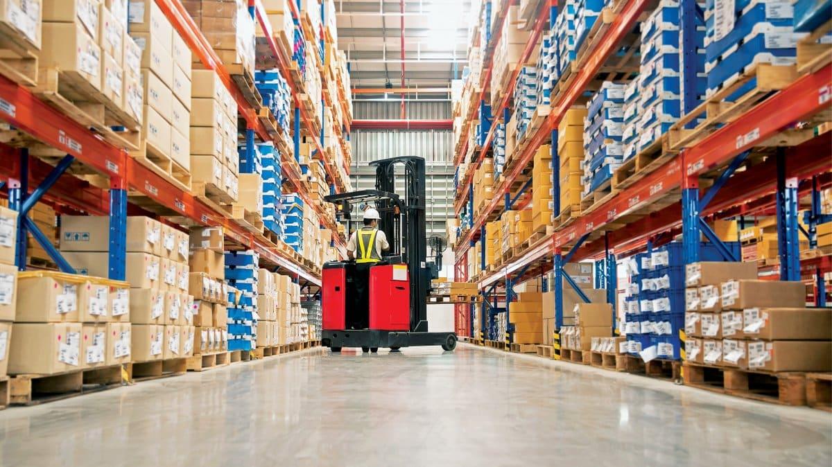 How is E-Commerce Changing Logistics?
